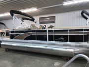 2018 Bennington 22 SSRX with 150 HP Mercury 4 Stroke Outboard