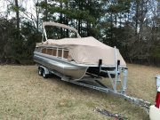 Used 2017 Bennington 22SFX Power Boat for sale